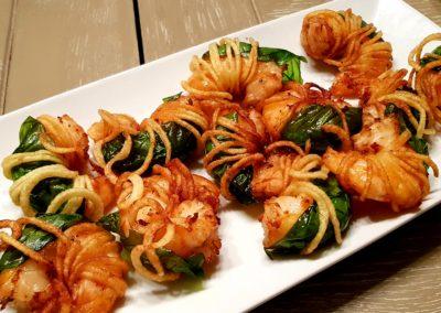 Crevettes basilic frites